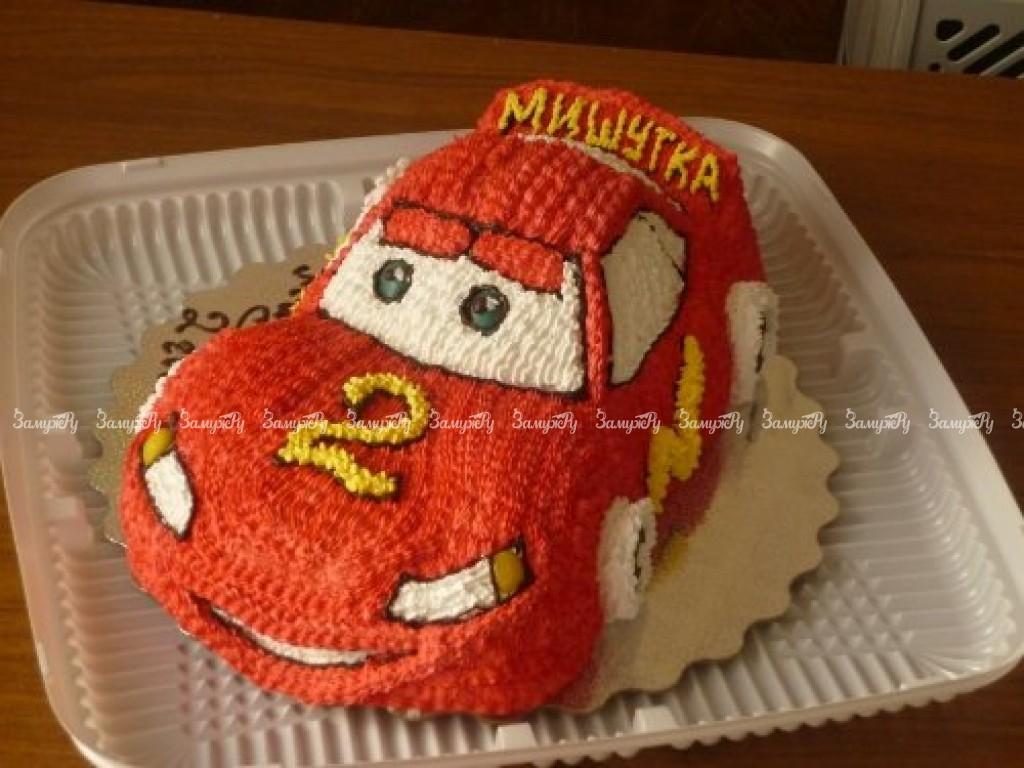 Торт в виде машины маквин